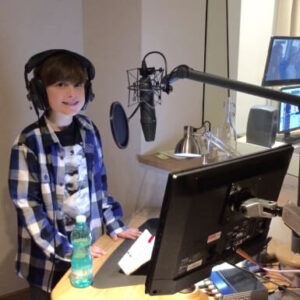 Sandy Delonga Voiceoves Kids Evin London Studio Img